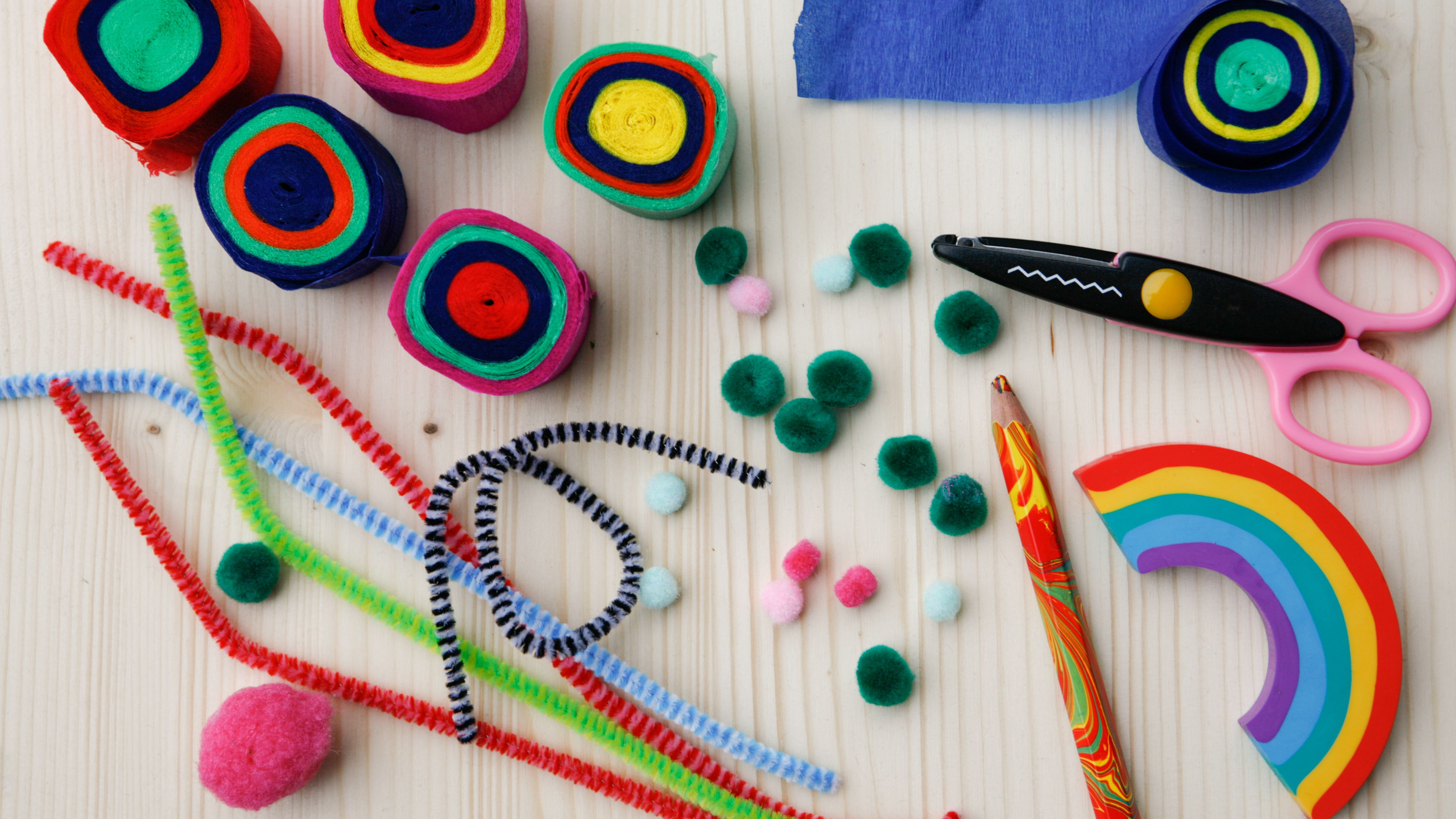 19 Fun Pipe Cleaner Crafts for Kids