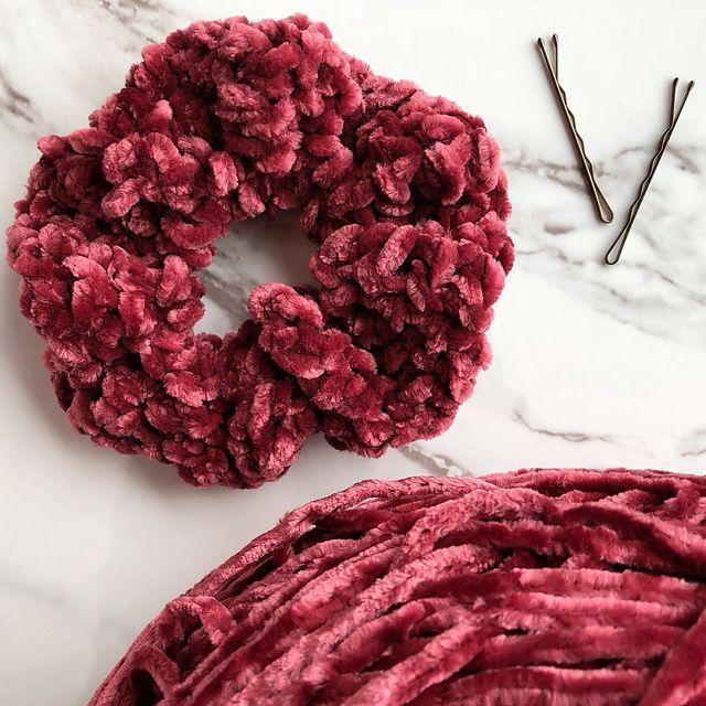 Velvet Hair Scrunchie Free Crochet Pattern