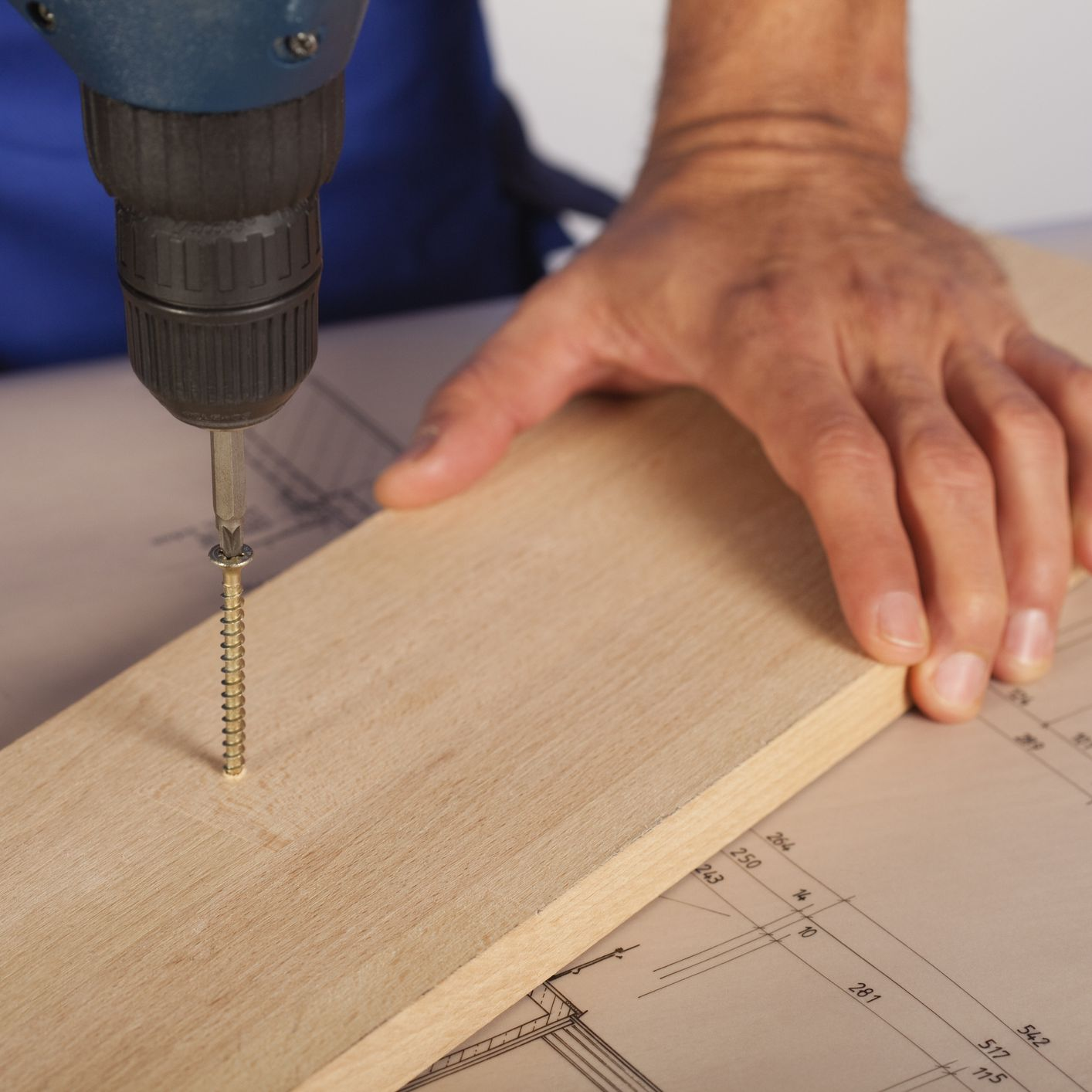 Using Wood Screws in Your Woodworking Projects