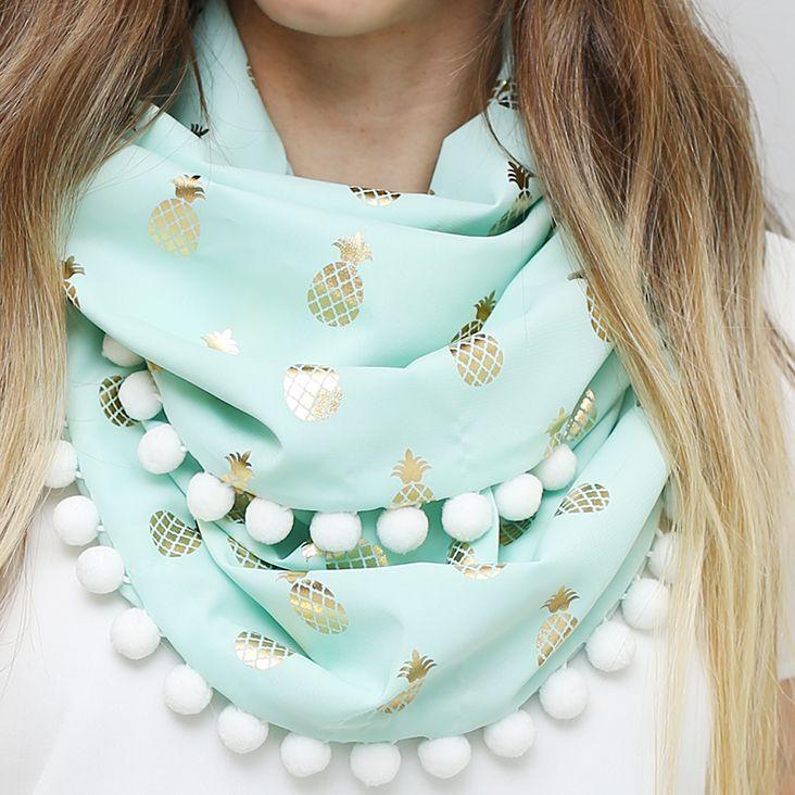 Pom pom scarf diy tutorial