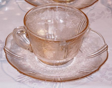 set of 2 Pink Depression Glass Footed Tumbler with Gold Rose Trim