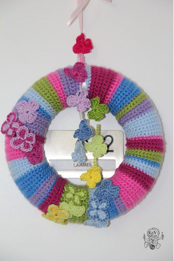 Butterfly Wreath Free Crochet Pattern
