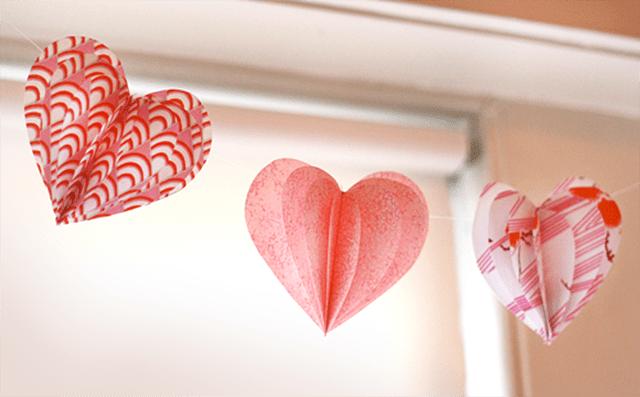 DIY Fabric Heart Garland