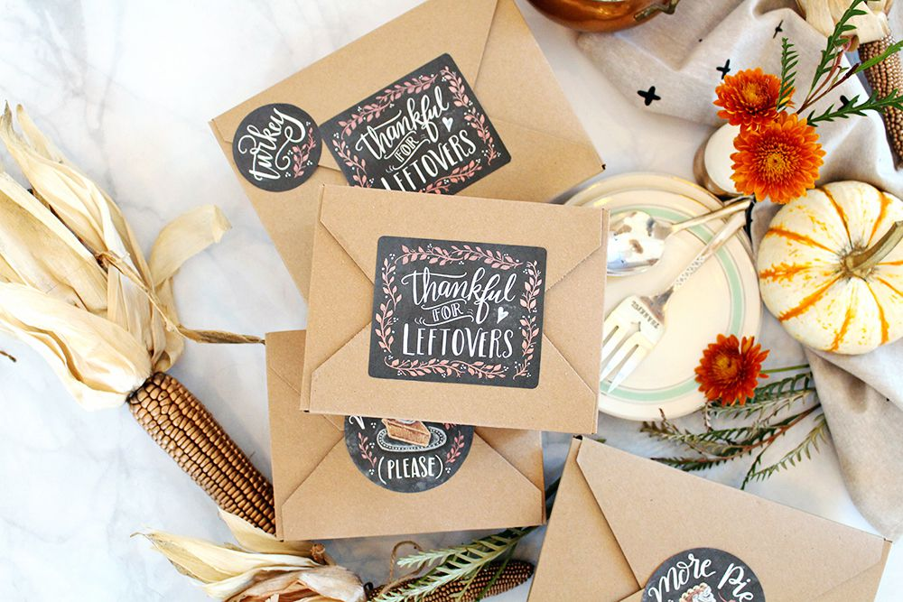 Chalkboard style Thanksgiving printable labels
