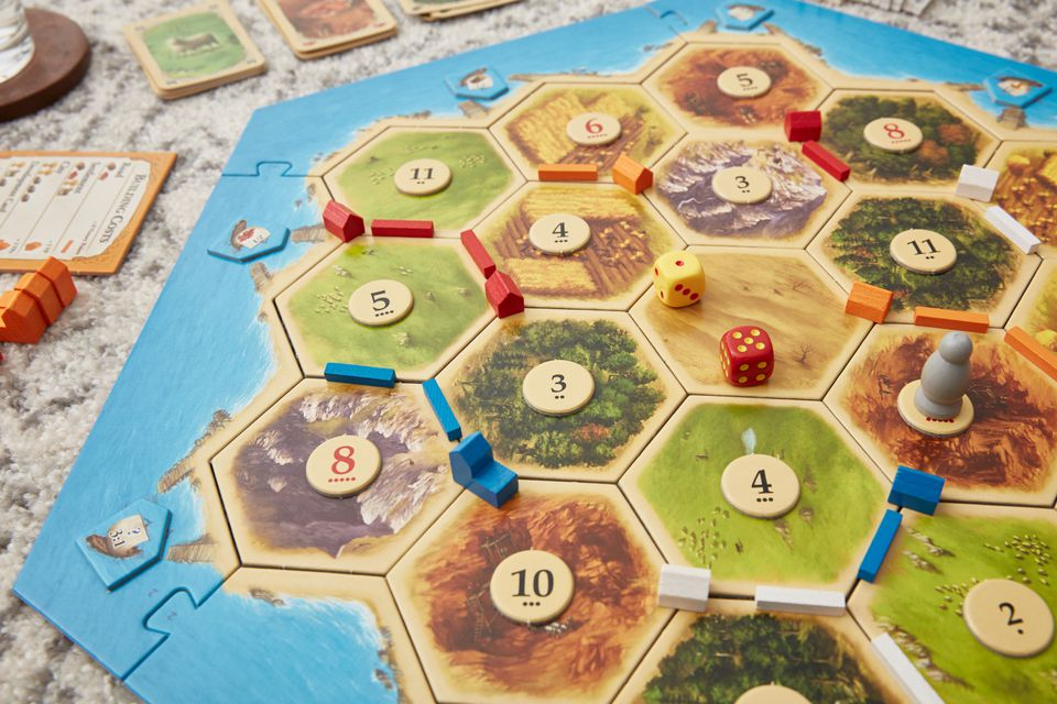 Settlers of Catan starting settlements