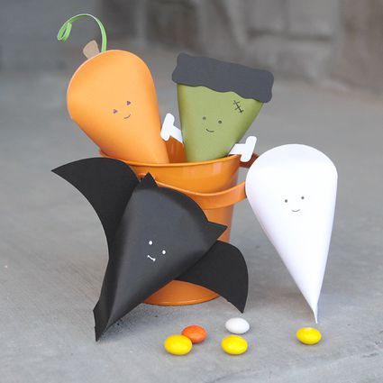 DIY Halloween Costume Treat Bag Ideas