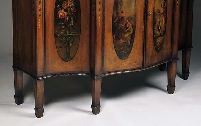 Late 19th-century Adams Style Painted Satinwood Cabinet With Spade Feet - Identifying Antique Furniture Foot Styles