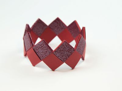 How To Make A Beautiful Origami Bracelet
