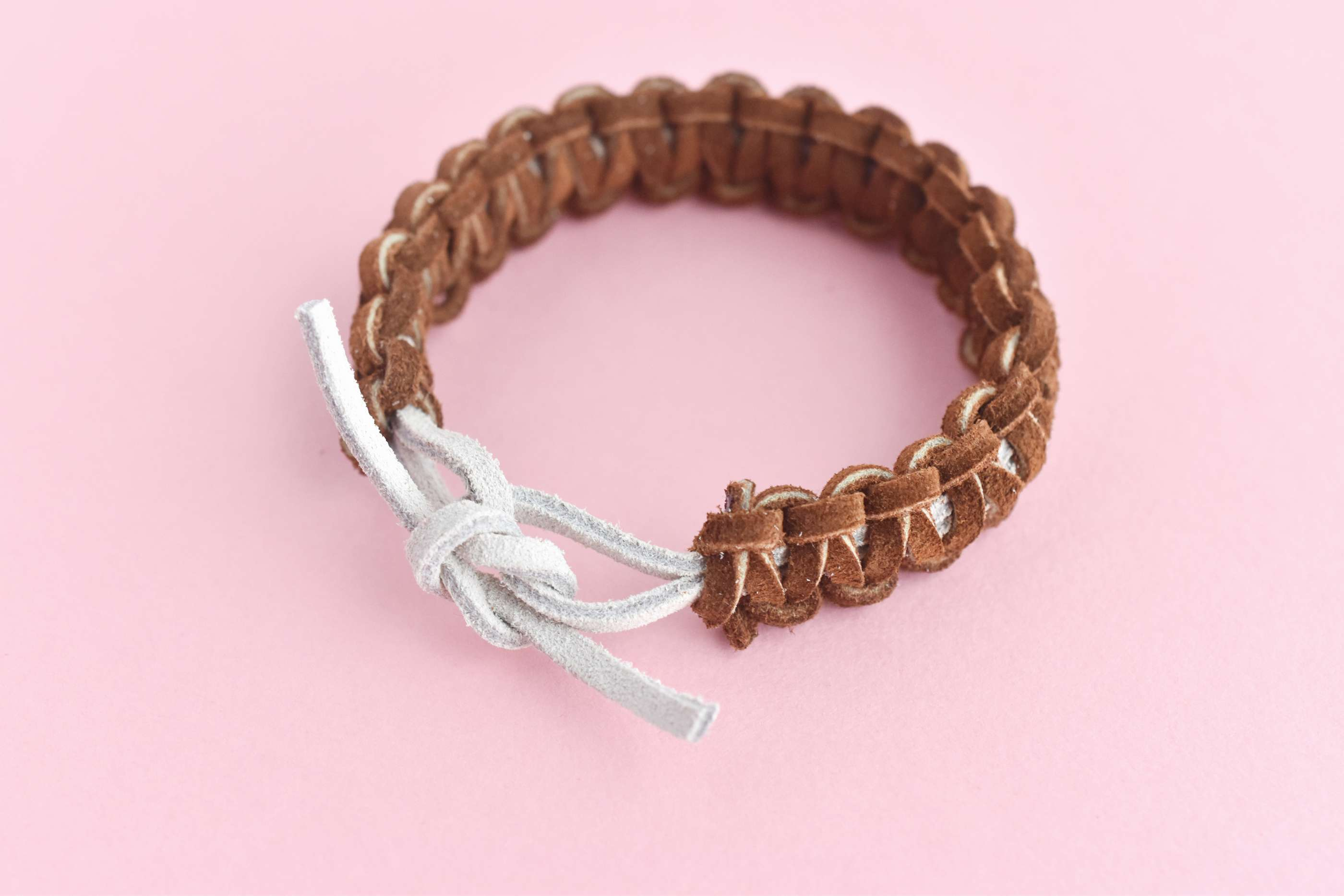 Tie the Bracelet with a Square Knot