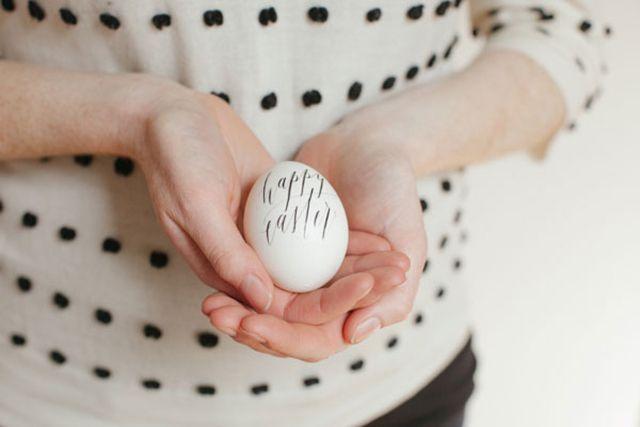 DIY Calligraphy Easter Eggs