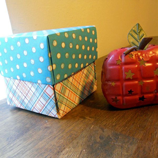 DIY RECTANGULAR ORIGAMI GIFT BOXES. | Origami gifts, Origami gift ... | 600x600
