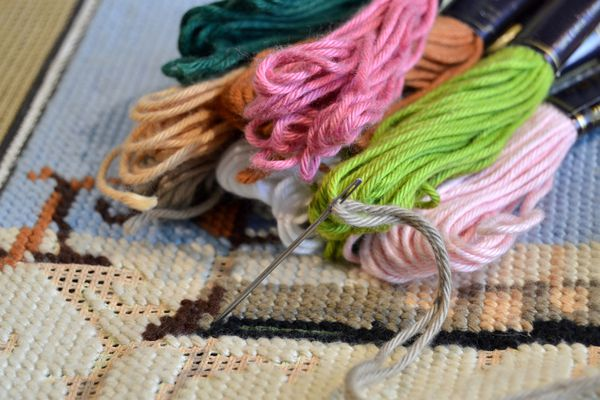 tapestry with colored thread