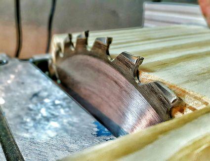 A circular saw blade