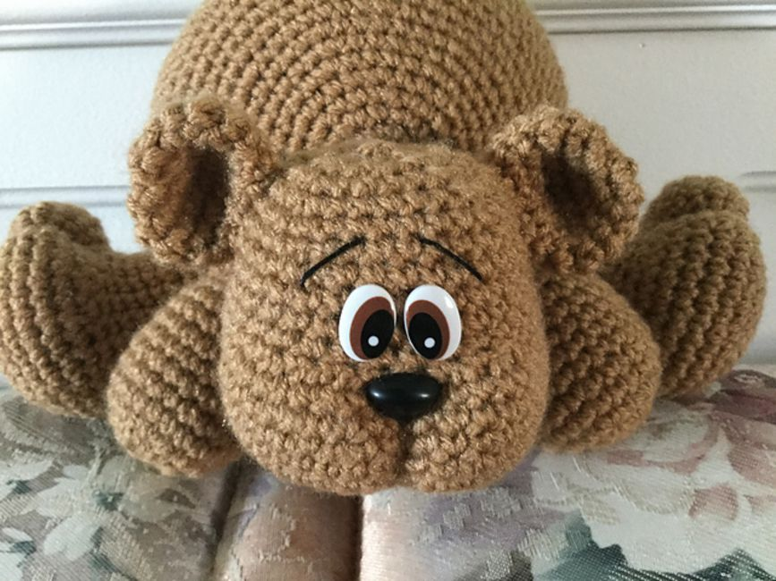 Teddy Bear Couch Hugger Crochet Pattern