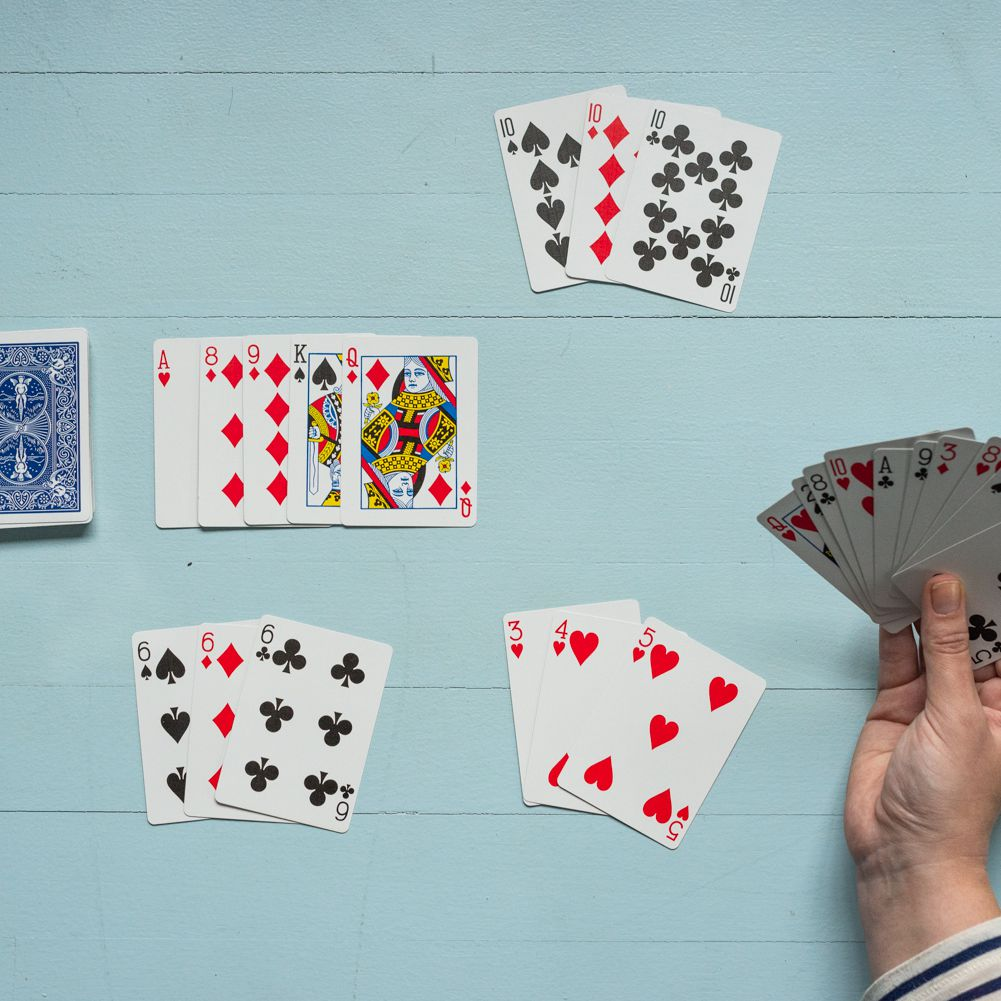 Easy rummy card game