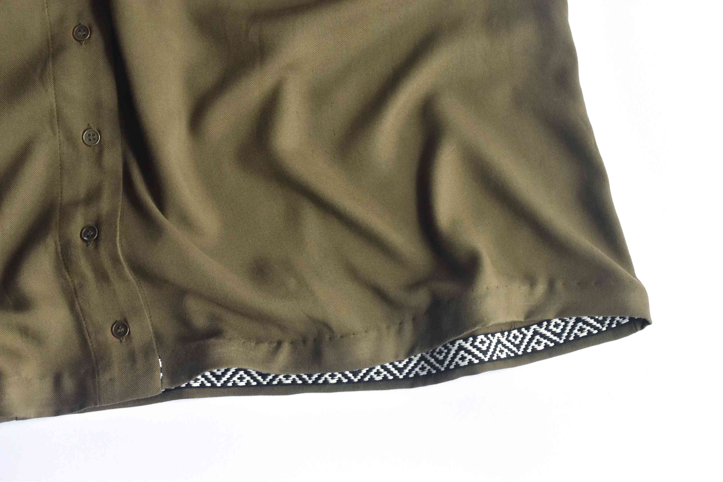 A skirt hemmed with ribbon