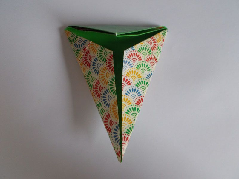 how to make kids paper basket