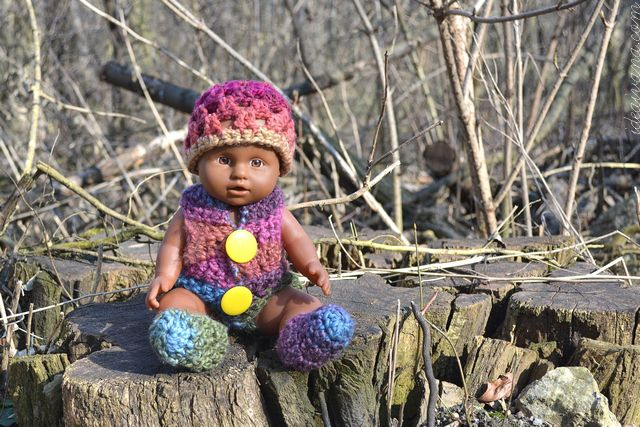 751d7514393 8 Free Crochet Barbie and Doll Clothes Patterns