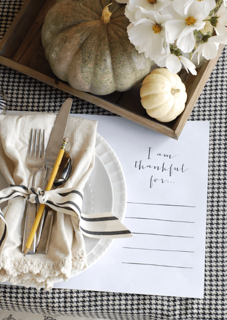 14 Simple DIY Thanksgiving Centerpiece Ideas