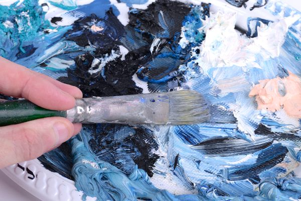 Blending blue paint colors