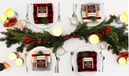 diy evergreen centerpiece - Cheap Christmas Table Decorations