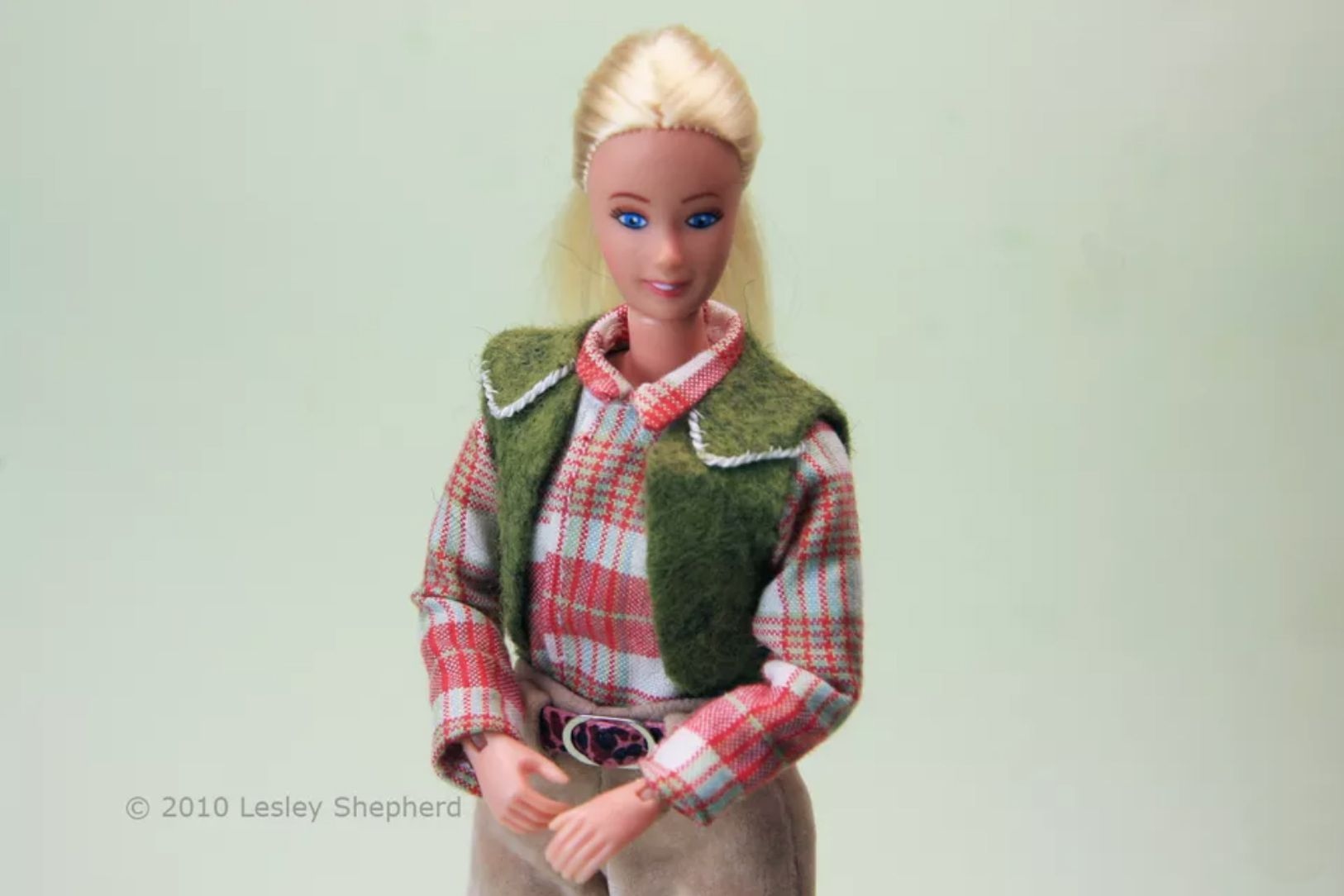 How to Make a Long-Sleeve Doll Shirt
