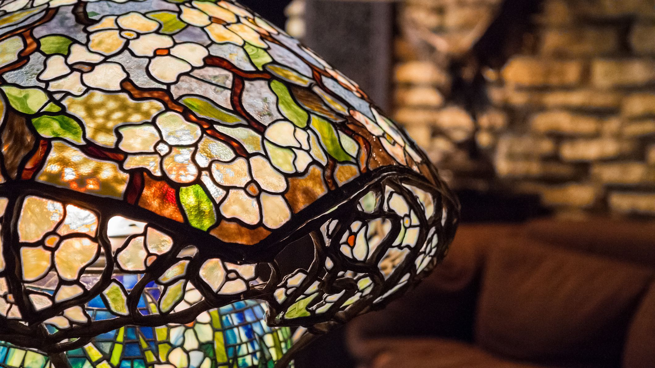The Real Value Of Tiffany Reproduction Lamps