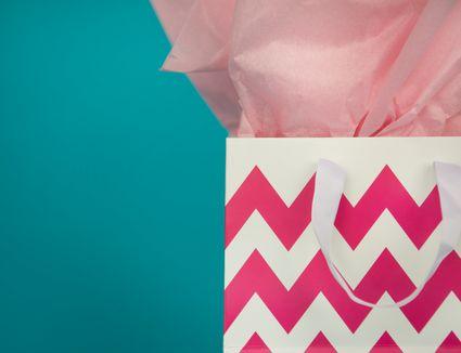 pink chevron gift bag