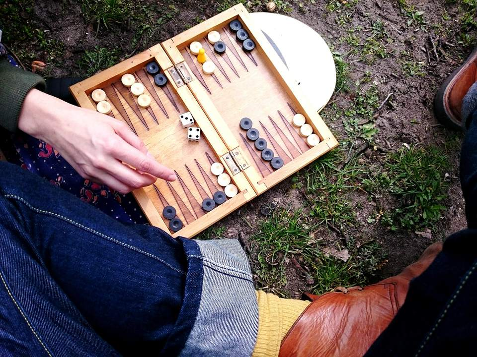 Cropped photo of a backgammon board
