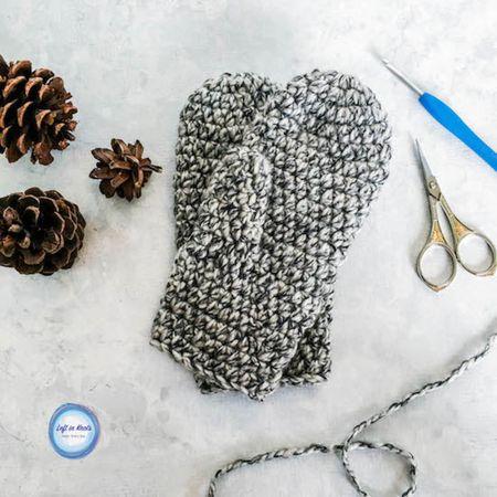 Amigurumi Winter Bunny Free Pattern – Free Amigurumi Patterns in ... | 450x450