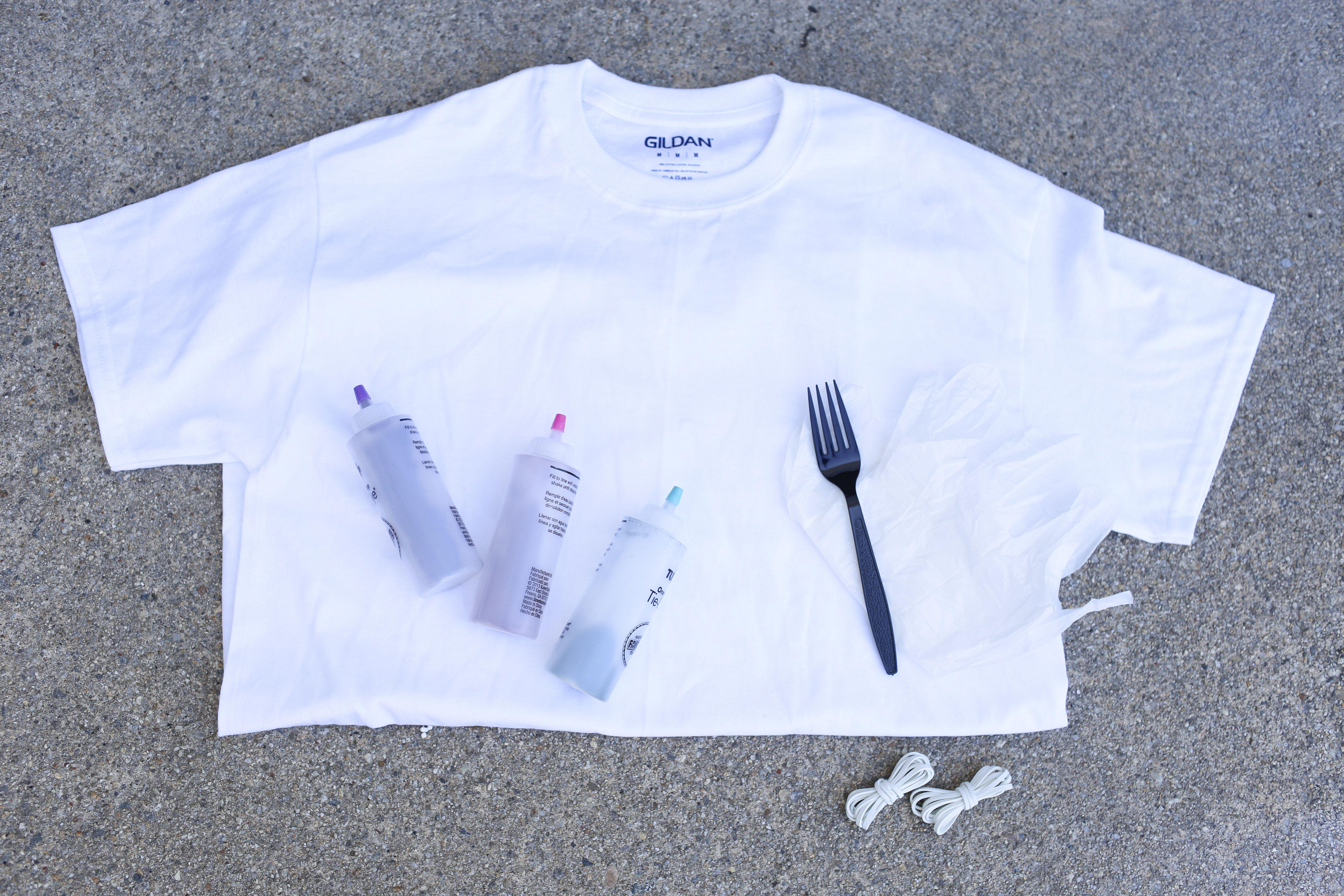6877b38e11a5 Make a Spiral Tie-Dye T-Shirt