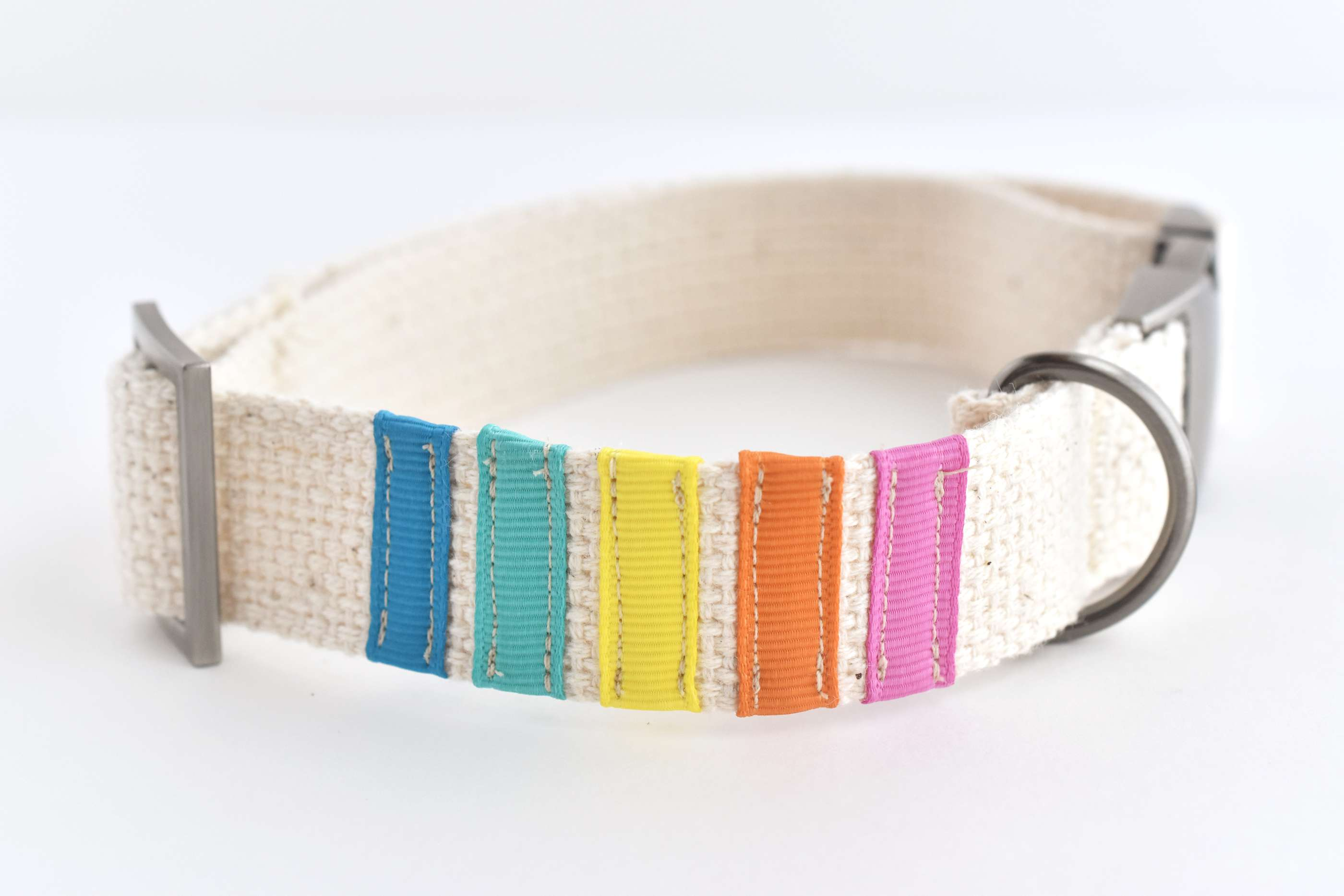 DIY Dog Collar Decorated With Ribbons