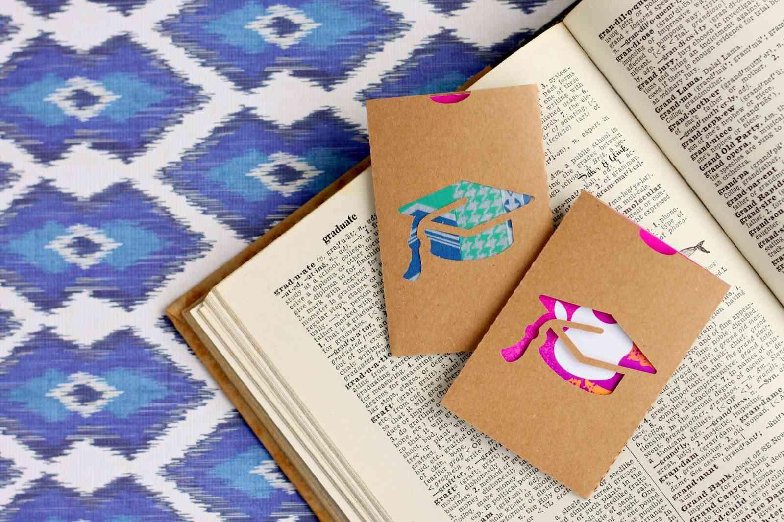 DIY Graduation Gift Card Holder