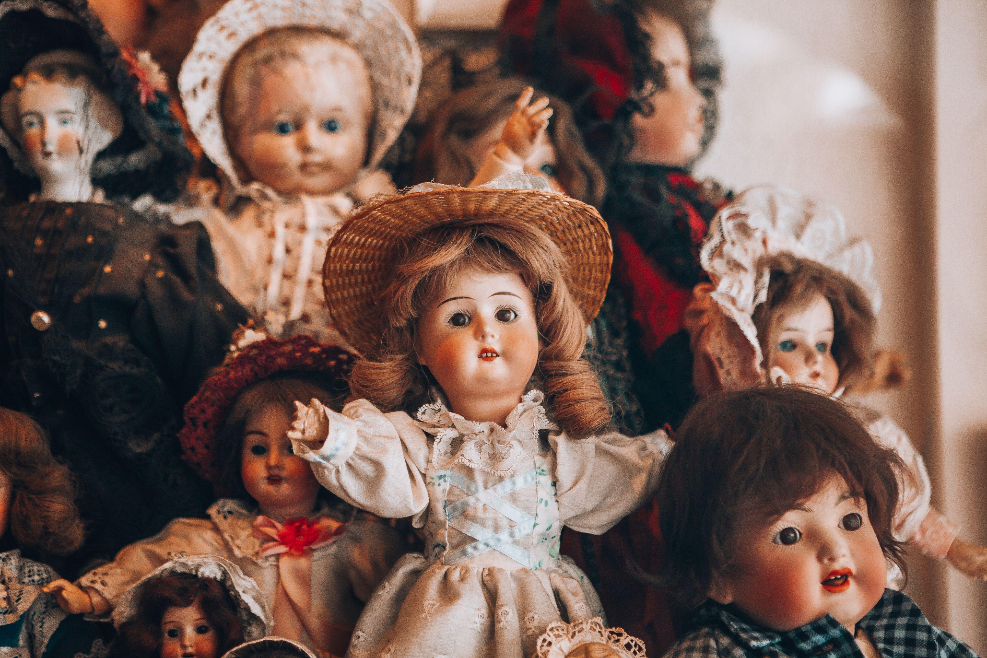 creepy vintage dolls