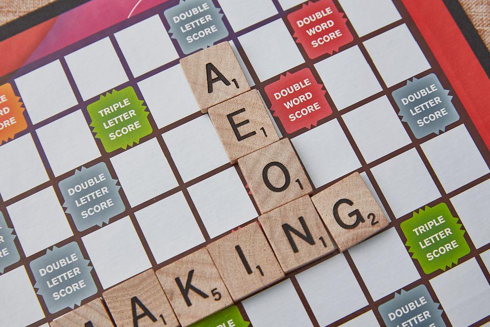 4-letter multi-vowel words in scrabble