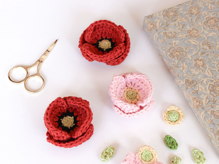 11 Easy and Simple Free Crochet Flower Patterns and Tutorials ... | 650x867