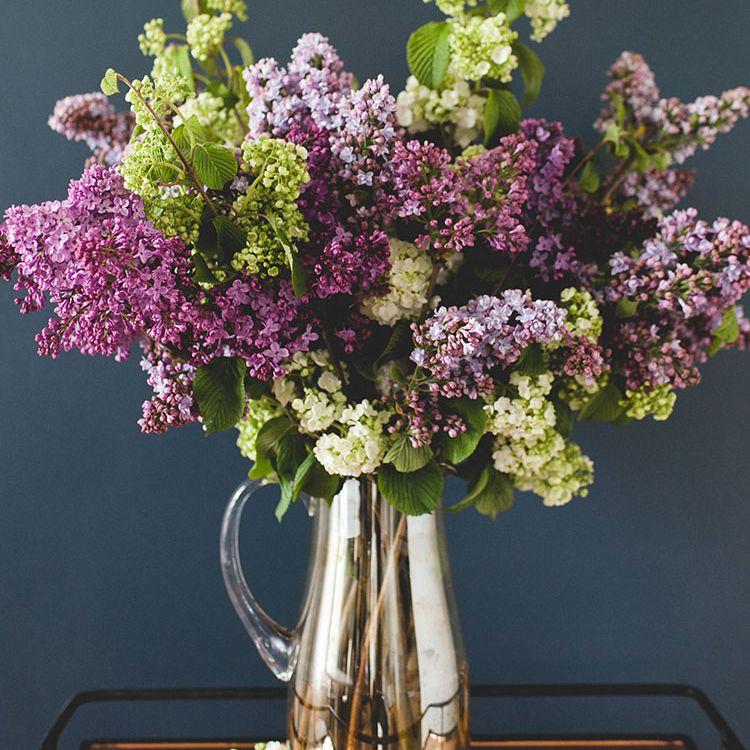 diy lilac flower arrangement