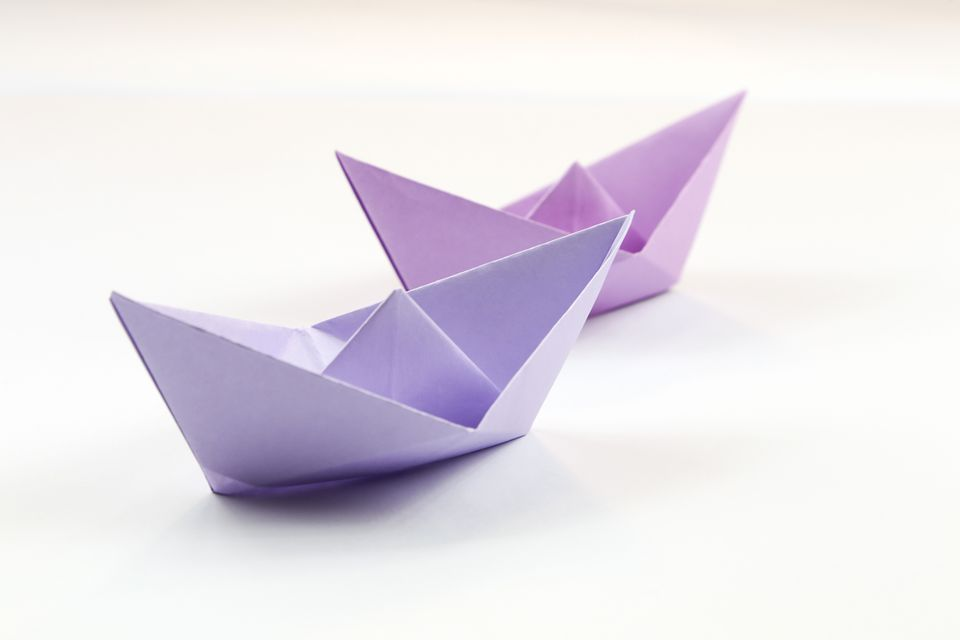 origami traditional boat