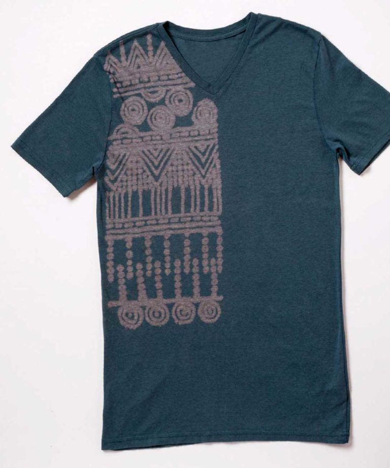 bb915daa4 15 DIY Graphic Tees for Every Style