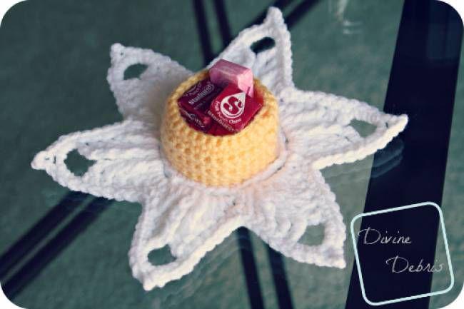 Daffodil Candy Holder Free Crochet Pattern
