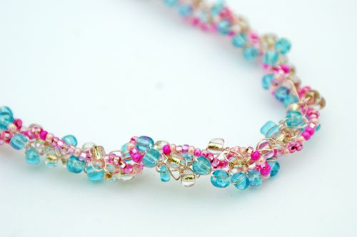7 Free Wire And Bead Crochet Necklace Patterns