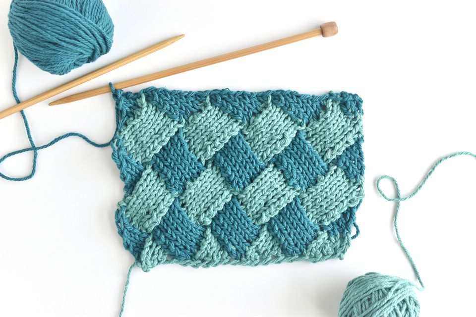 How to Do 2-Color Entrelac Knitting