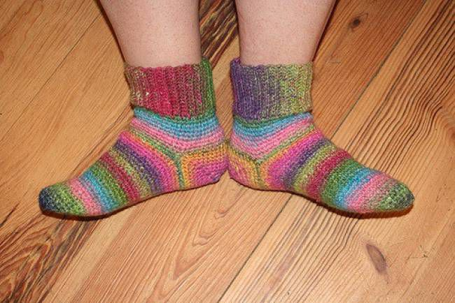 10 Crochet Sock Patterns