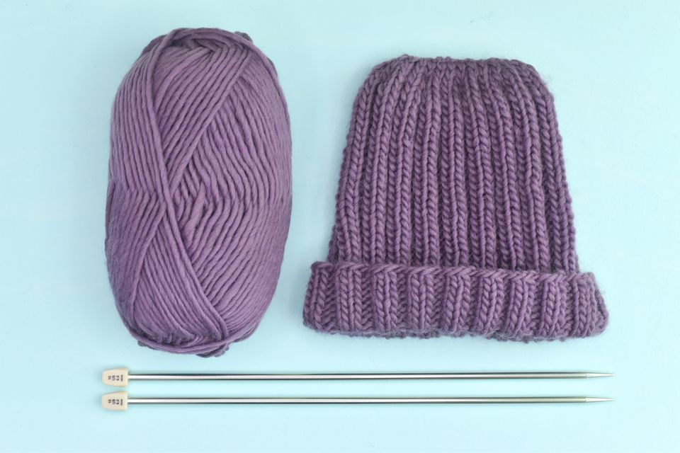 How to Knit a Ribbed Flat Hat