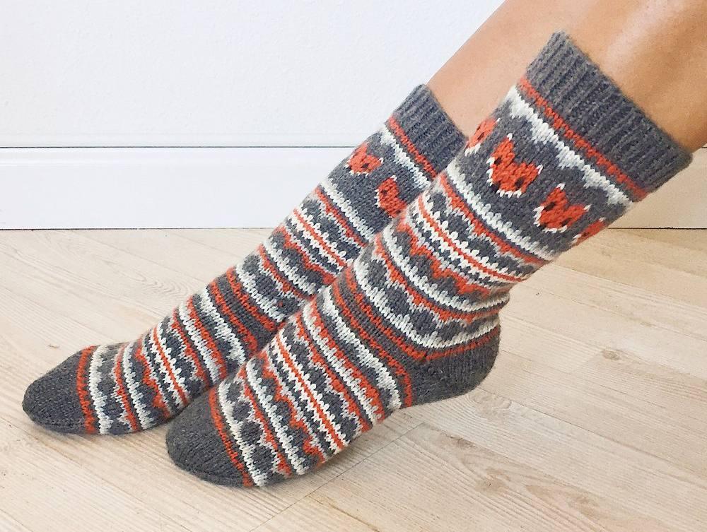 Fox Isle Socks Pattern