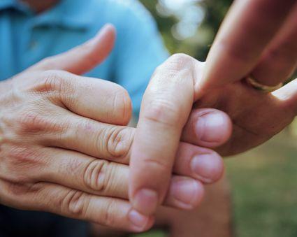 Hand magic trick