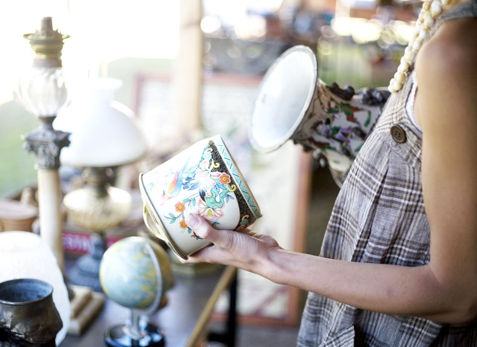 Antiques Shopper
