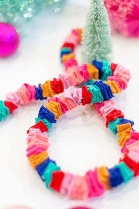 How To Make An Easy Festive Christmas Garland