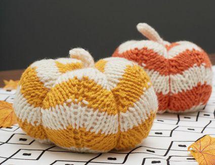 Spicy Knit Pumpkins Pattern