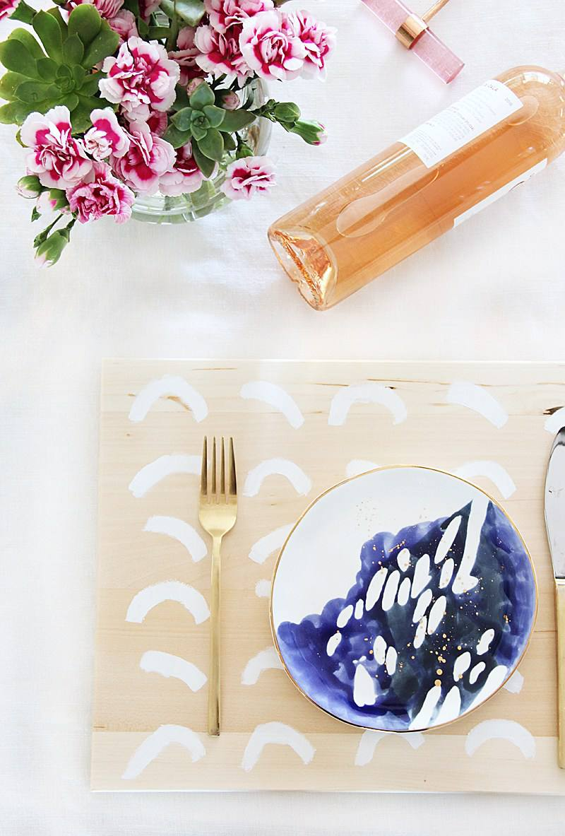 painted wood placemat diy